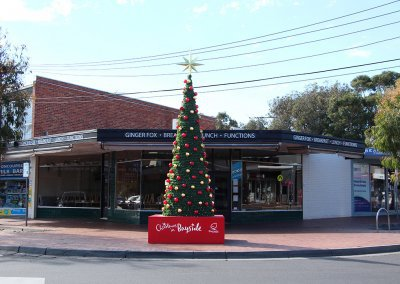 Bayside City Council Traditional Christmas Tree with Baubles