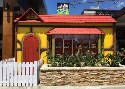 Warratah Shopping Centre Custom Santa House