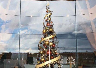 City of Case Christmas Tree Daylight