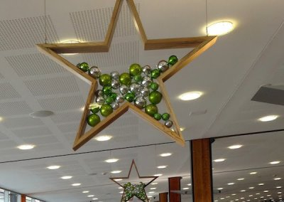 Hobart-City-Airport-Timber-Christmas-