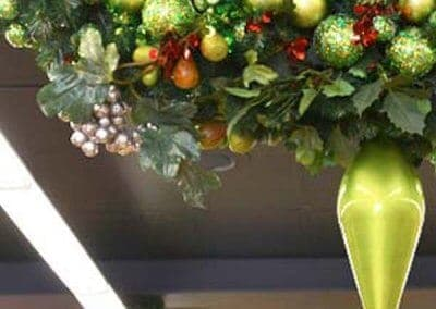 Salamanca-Fresh-Christmas-Wreath-Close-Up